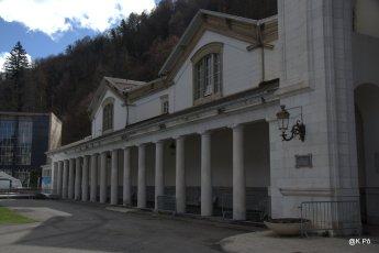 façade thermes