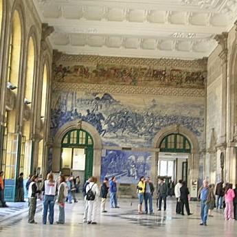 hall de la gare de Porto