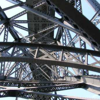 le fameux pont métallique